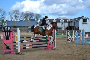 Carmel & Pepe Lad in the Intermediate Jump off